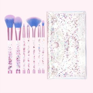 aquarium-liquid-glitter-makeup-brushes